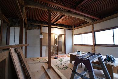 2階の造作へ_f0115152_12243215.jpg