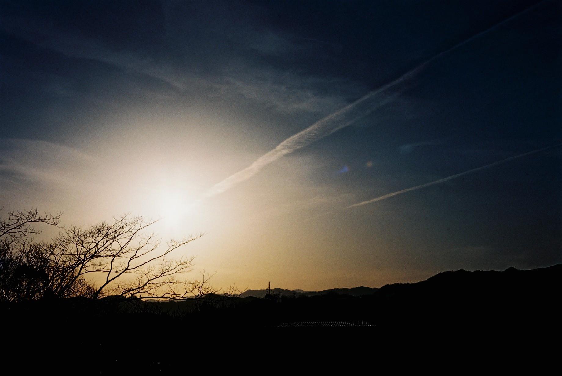 瑠璃色の夕暮れ_a0174458_23592733.jpg
