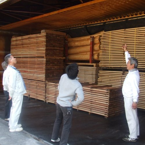 高知県産の木材を使って家創り!_b0112557_3413987.jpg