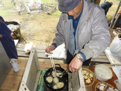 タケノコパーティー…ちょこっと定期総会_c0108460_216692.jpg