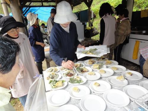 タケノコパーティー…ちょこっと定期総会_c0108460_2171689.jpg