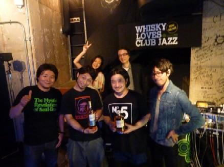 2011-04-23 昨日の「WHISKY LOVES CLUB JAZZ」_e0021965_11182417.jpg