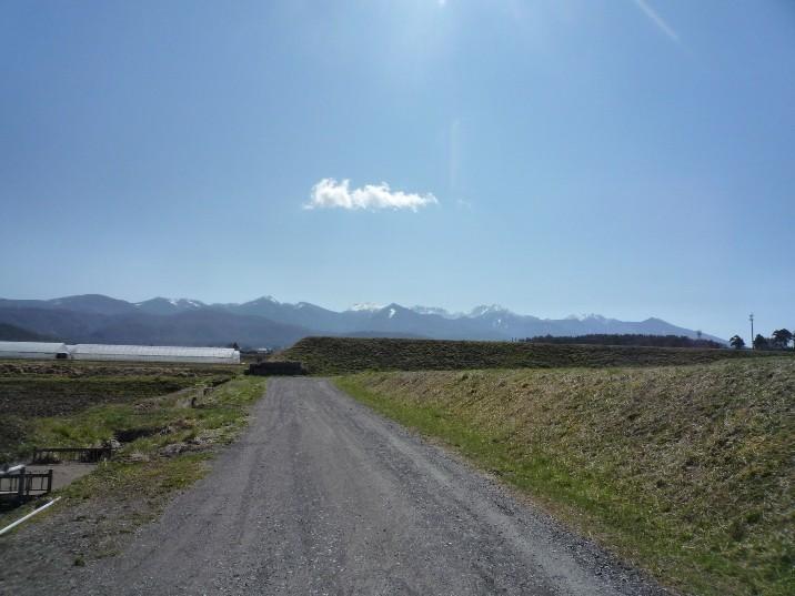 野を越え山を越え_c0112447_18374413.jpg