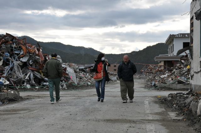 被災地を訪ねて_c0162404_18181676.jpg
