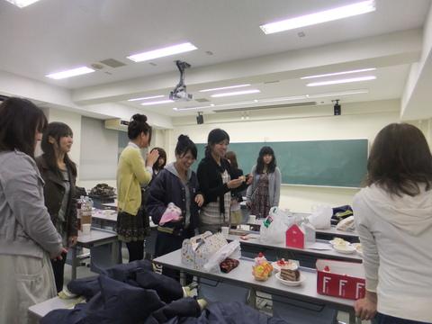 大阪教育大学戦告知/STAFF sweets party_e0137649_345332.jpg