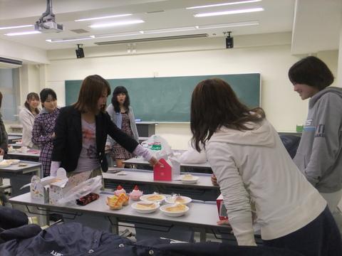大阪教育大学戦告知/STAFF sweets party_e0137649_4172935.jpg
