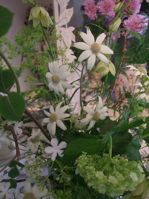 オークリーフ花の教室(加田さんの作品)_f0049672_16414576.jpg