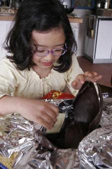 イースターの巨大チョコ卵_f0106597_14597.jpg