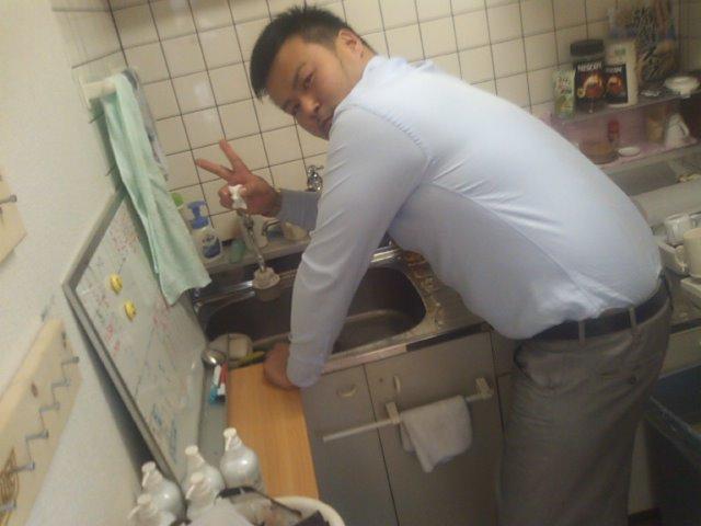 店長のニコニコブログ!F村様 アコードワゴン H瀬様 エスティマ ご成約ありがとうございます!_b0127002_23581176.jpg
