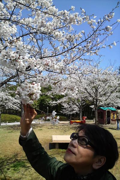 坂本理恵、北海道は小樽のギャラリーにお邪魔しました!_c0145608_1311421.jpg