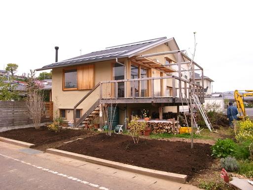 Nさんのいえ 植木の植替え 2011/4/26_a0039934_17503976.jpg