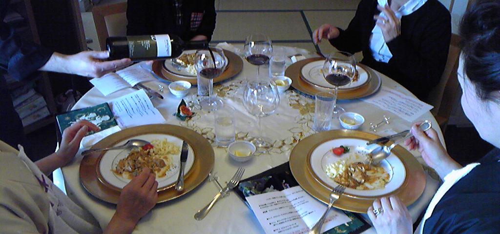 第20回ハンガリー料理&ワイン会を行いました_f0019063_20231345.jpg
