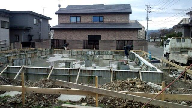 K様邸「船場町の家」 基礎型枠工事_f0150893_17421861.jpg