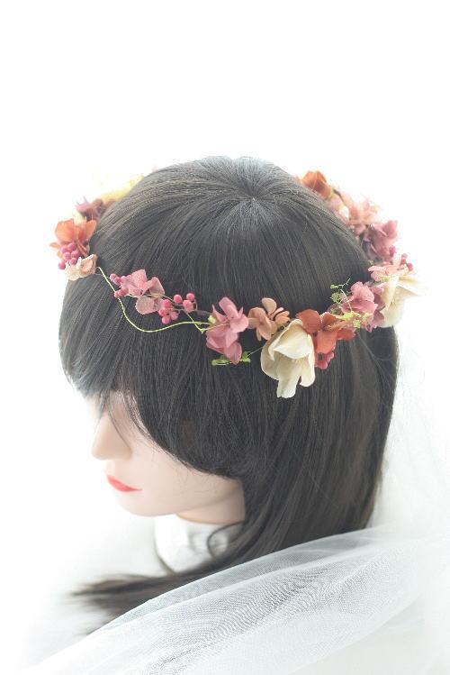 お色直しの花冠とミニブーケとリストレット クランベリーとベージュ _a0042928_9385315.jpg
