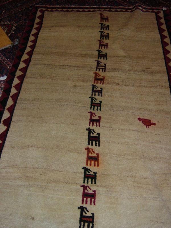 今年のモハンさんの絨毯展♪_c0110051_928077.jpg