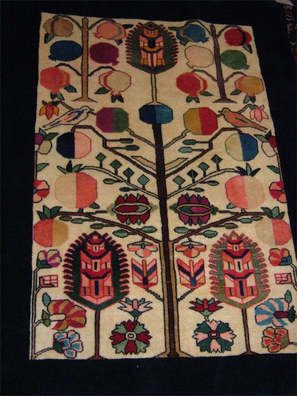 今年のモハンさんの絨毯展♪_c0110051_9282854.jpg