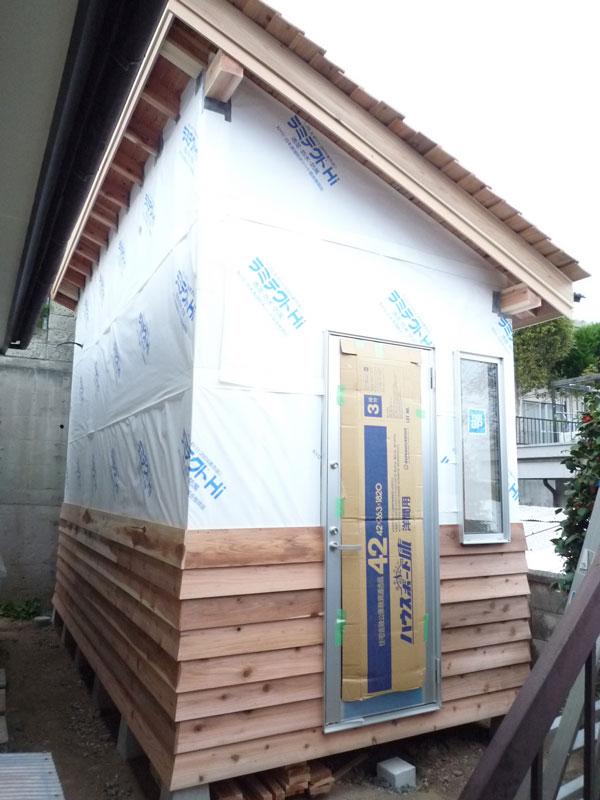 外壁張り@山宮の木小屋_c0131878_20474872.jpg