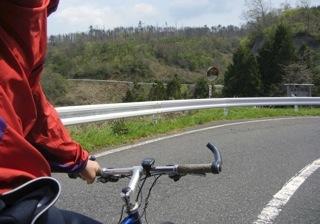てなわけで1時間程.山登ってきました...自転車で..._b0194185_2375986.jpg
