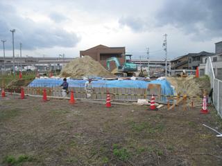 「平子山の家」擁壁工事_b0179213_1712720.jpg