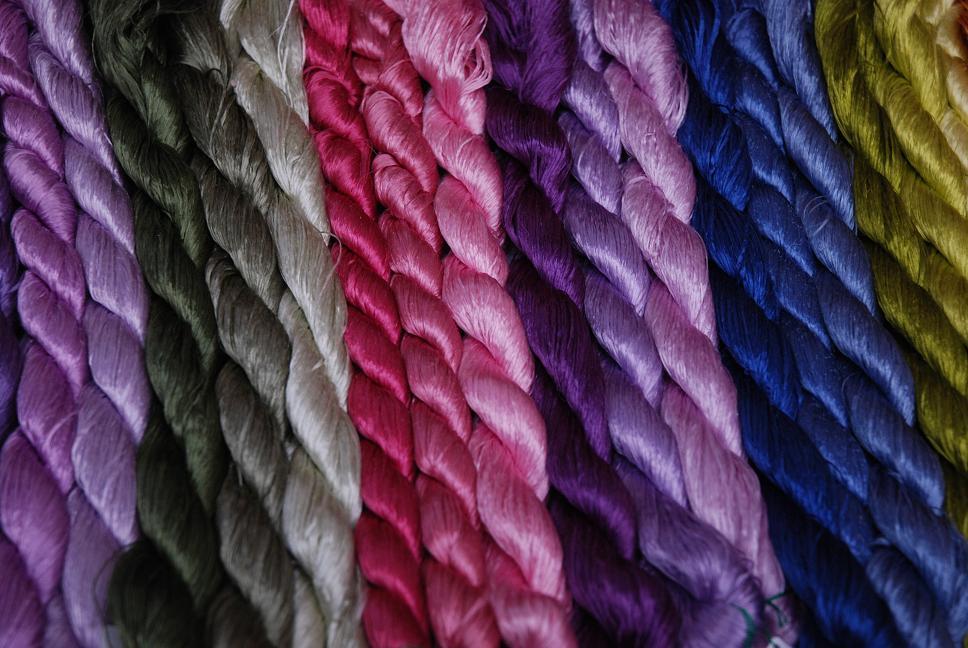 絹糸のかがやき_d0176048_1719342.jpg