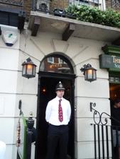 UK~ロンドンで有名人を見学 蝋人形とホームズ_e0195766_1225323.jpg