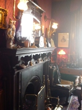 UK~ロンドンで有名人を見学 蝋人形とホームズ_e0195766_1241095.jpg
