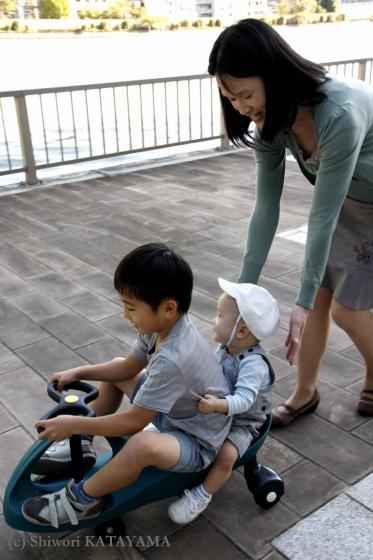 おうちとおそとで☆家族写真_d0170980_21412637.jpg