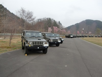 自衛隊の車両!!_b0219993_1152329.jpg