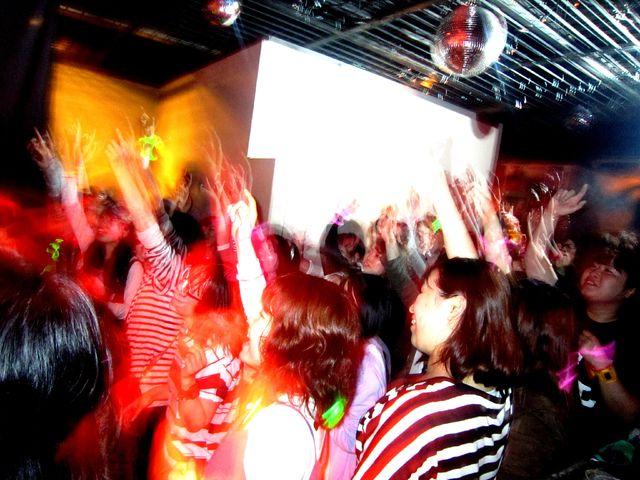 ROCK CRIME SP GUEST DJ - やついいちろう_e0115904_12531549.jpg