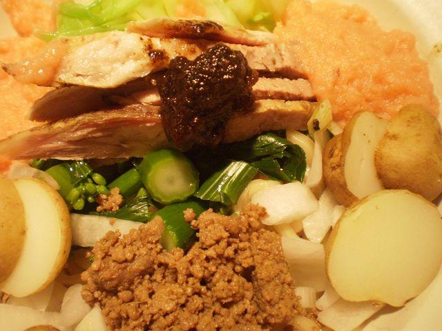 桜鱒のチャンチャン和え麺@拳_a0117520_22195928.jpg