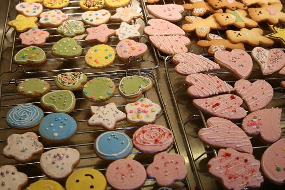 『comer』 コメル マルシェのクッキー作り。_e0045565_22554671.jpg