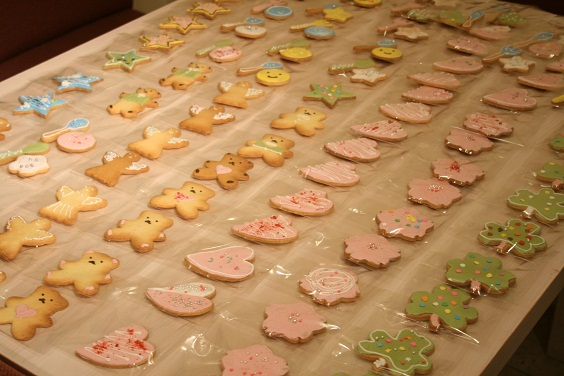 『comer』 コメル マルシェのクッキー作り。_e0045565_22572343.jpg