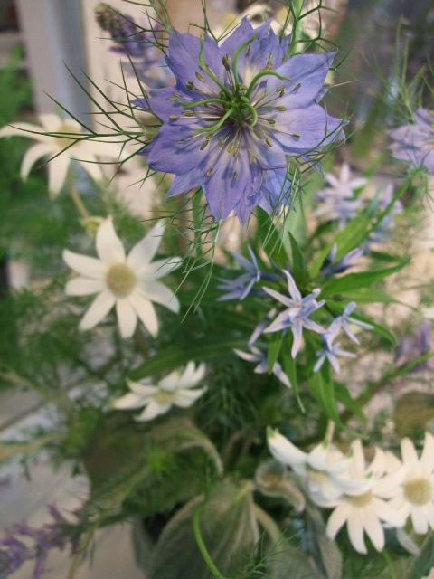 オークリーフ花の教室(島崎さんの作品)_f0049672_1824018.jpg