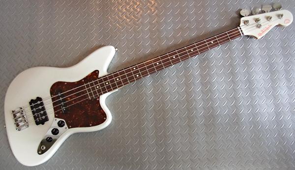 「Stone WhiteのPsychomaster Bass 2本目」が完成〜!_e0053731_19224015.jpg