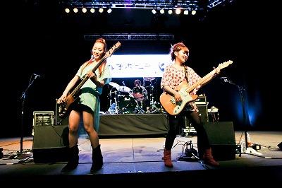 ステレオポニー、「Anime Boston」でのライブに4000人を超す超満員のオーディエンス!_e0025035_12454469.jpg