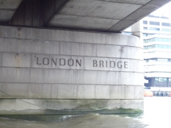 UK~ロンドンミニクルーズとロンドンご飯_e0195766_0364061.jpg