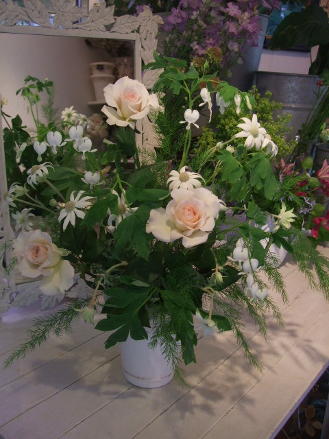 オークリーフ花の教室(季節のバラを使って・・・)_f0049672_18494555.jpg