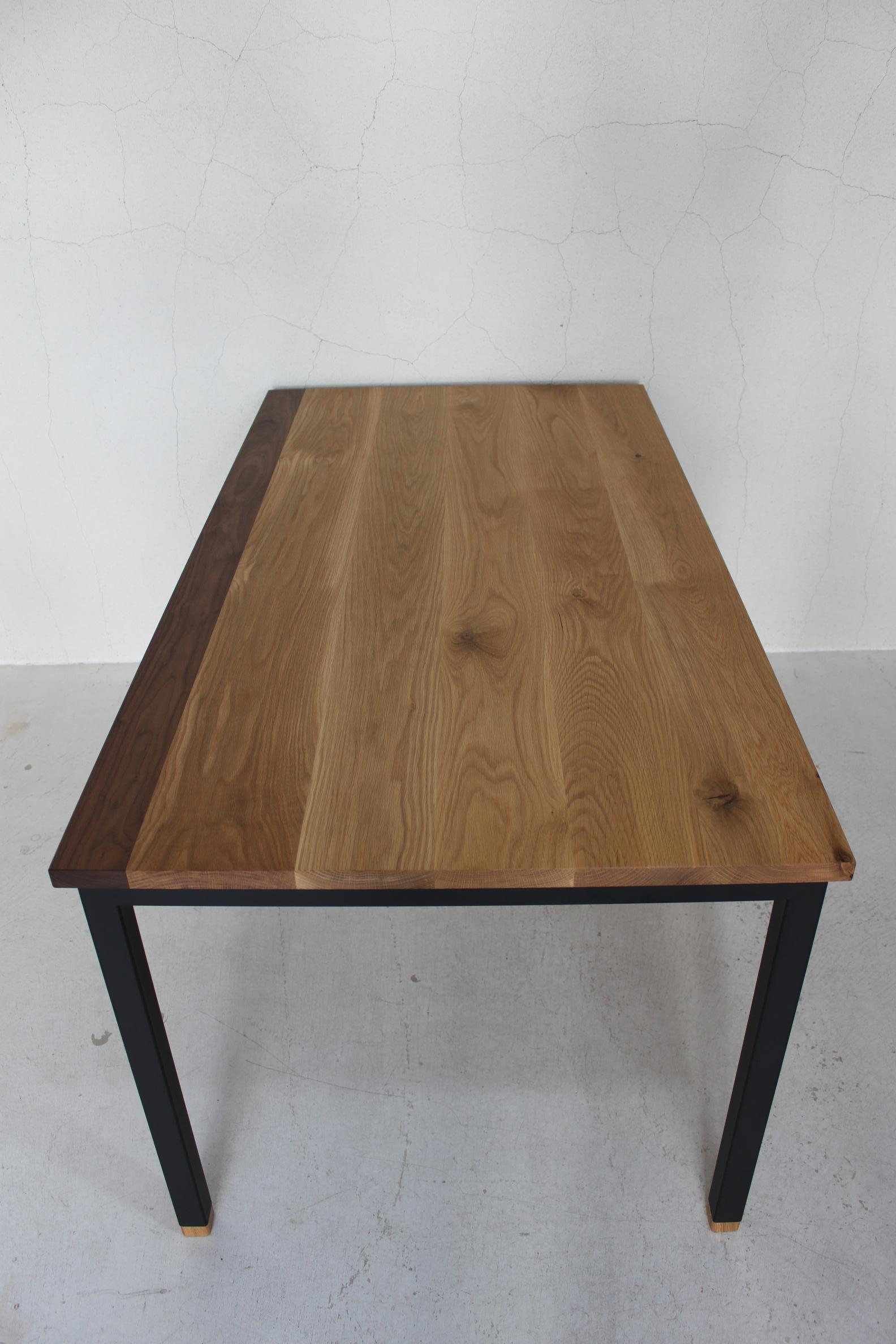 WB DINING TABLE_c0146581_12364678.jpg