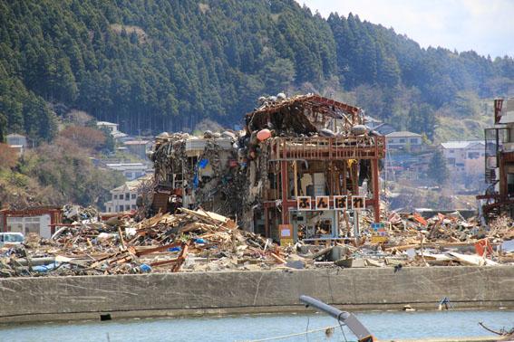 東日本大震災1:南三陸町1_e0054299_16304442.jpg