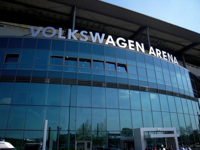 自動車の町 Wolfsburg で使われているフォントは_e0175918_17242922.jpg