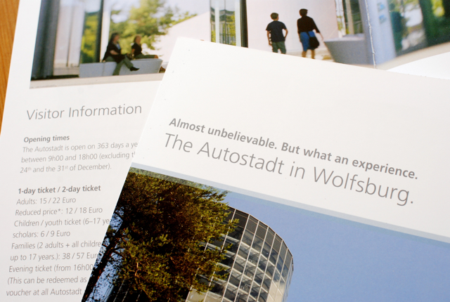 自動車の町 Wolfsburg で使われているフォントは_e0175918_17385518.jpg