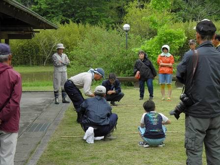 行事「米作り1・田植え体験をしよう」を行いました_a0123836_17124498.jpg