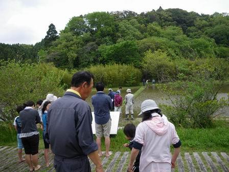 行事「米作り1・田植え体験をしよう」を行いました_a0123836_1714974.jpg