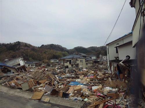 被災地▼東松島の先輩からのメールを掲載:2 ※瓦礫除去活動への支援要請。_b0032617_1951524.jpg