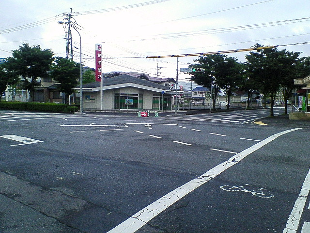 日課の防犯・交通安全指導 2011年5月2日朝_d0150722_1053325.jpg