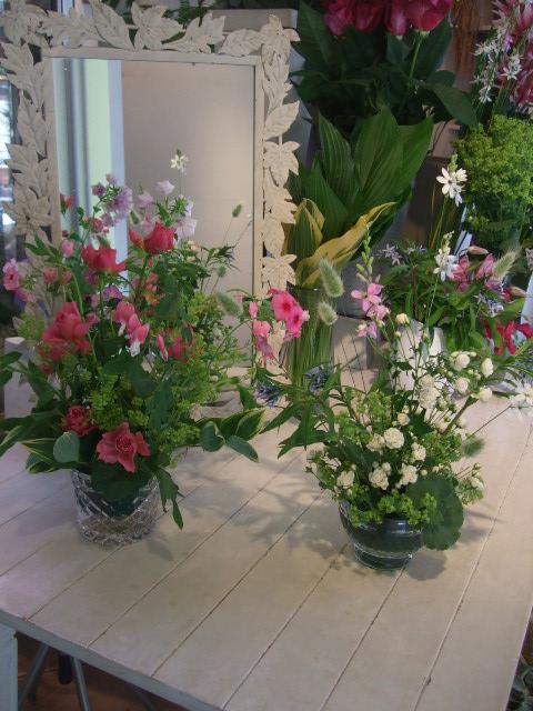 オークリーフ花の教室(石井さんと吉田さんの作品)_f0049672_18553021.jpg