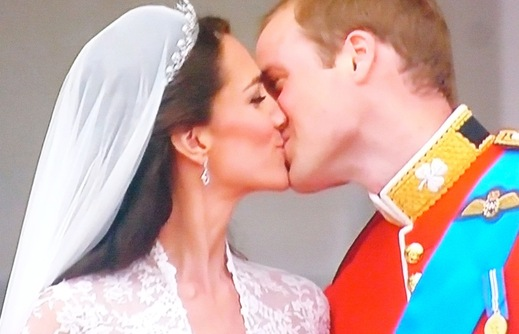 ROYAL kiss  xxx_f0164187_1113997.jpg