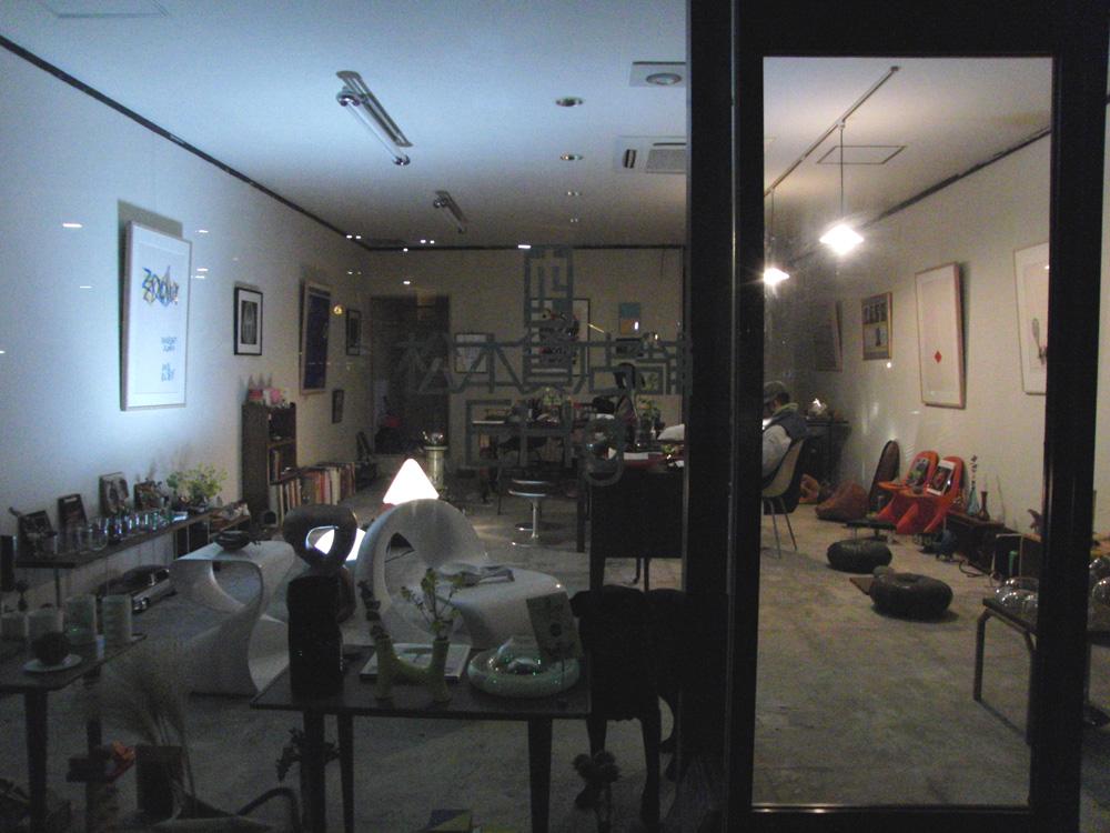 5/3.夜のEmptyHouse_e0206496_2175936.jpg
