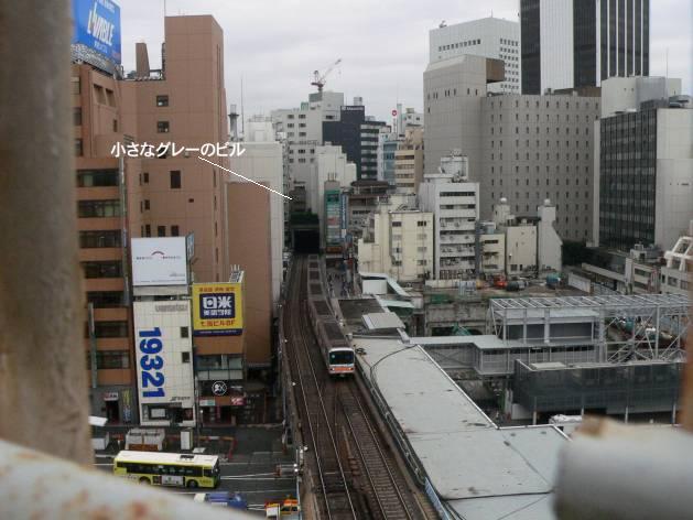 銀座線はどこで地下に潜るか。渋谷現地レポ2011.05_c0070938_1411558.jpg