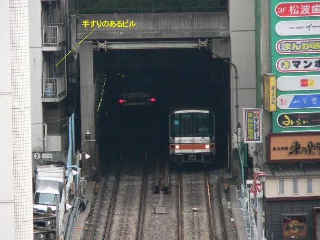 銀座線はどこで地下に潜るか。渋谷現地レポ2011.05_c0070938_2055.jpg